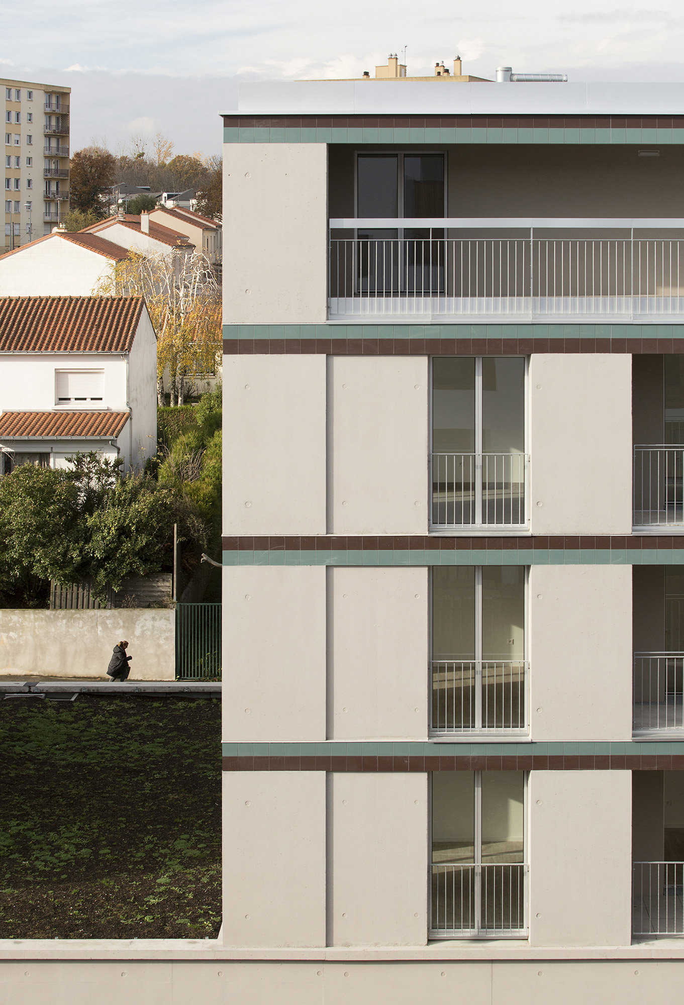 COLLECTIVE HOUSING UNITS - DERVALLIERES - 4