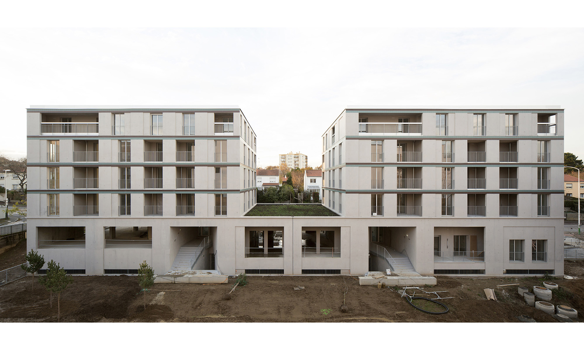 COLLECTIVE HOUSING UNITS - DERVALLIERES - 2