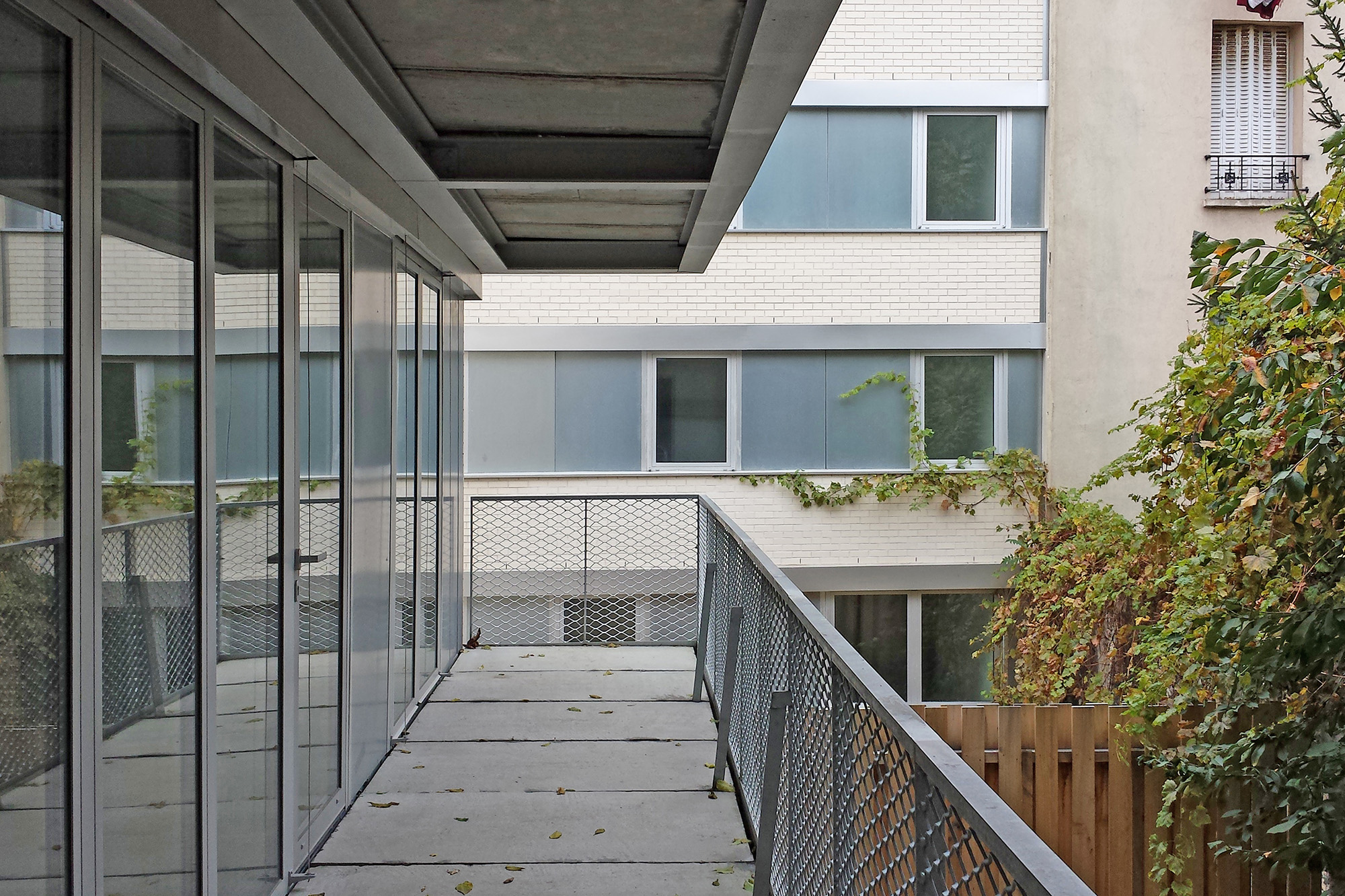 COLLECTIVE HOUSING UNITS - JAURES - 4